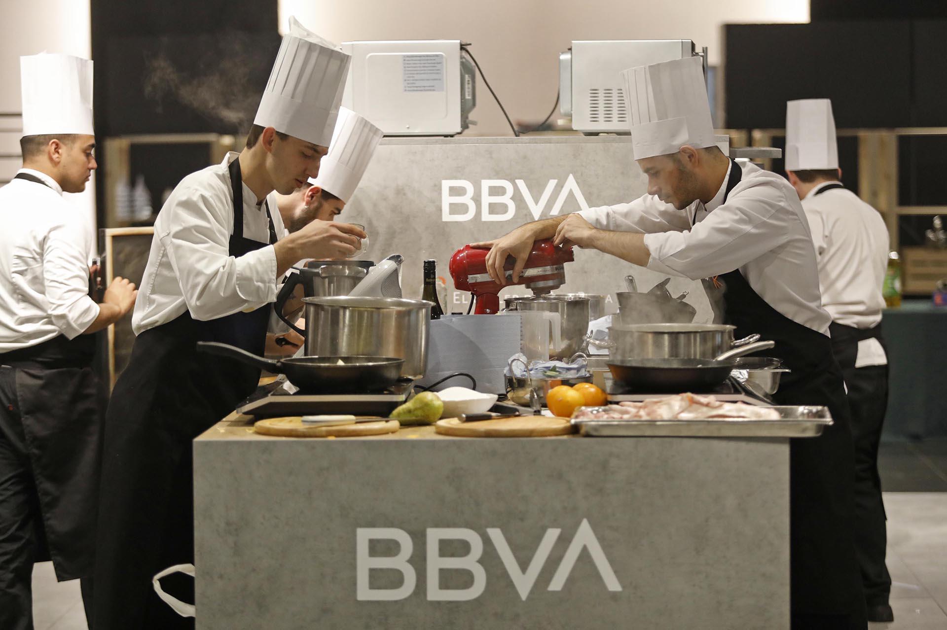 Event awards BBVA hospitality scholarships. kitchen design and construction