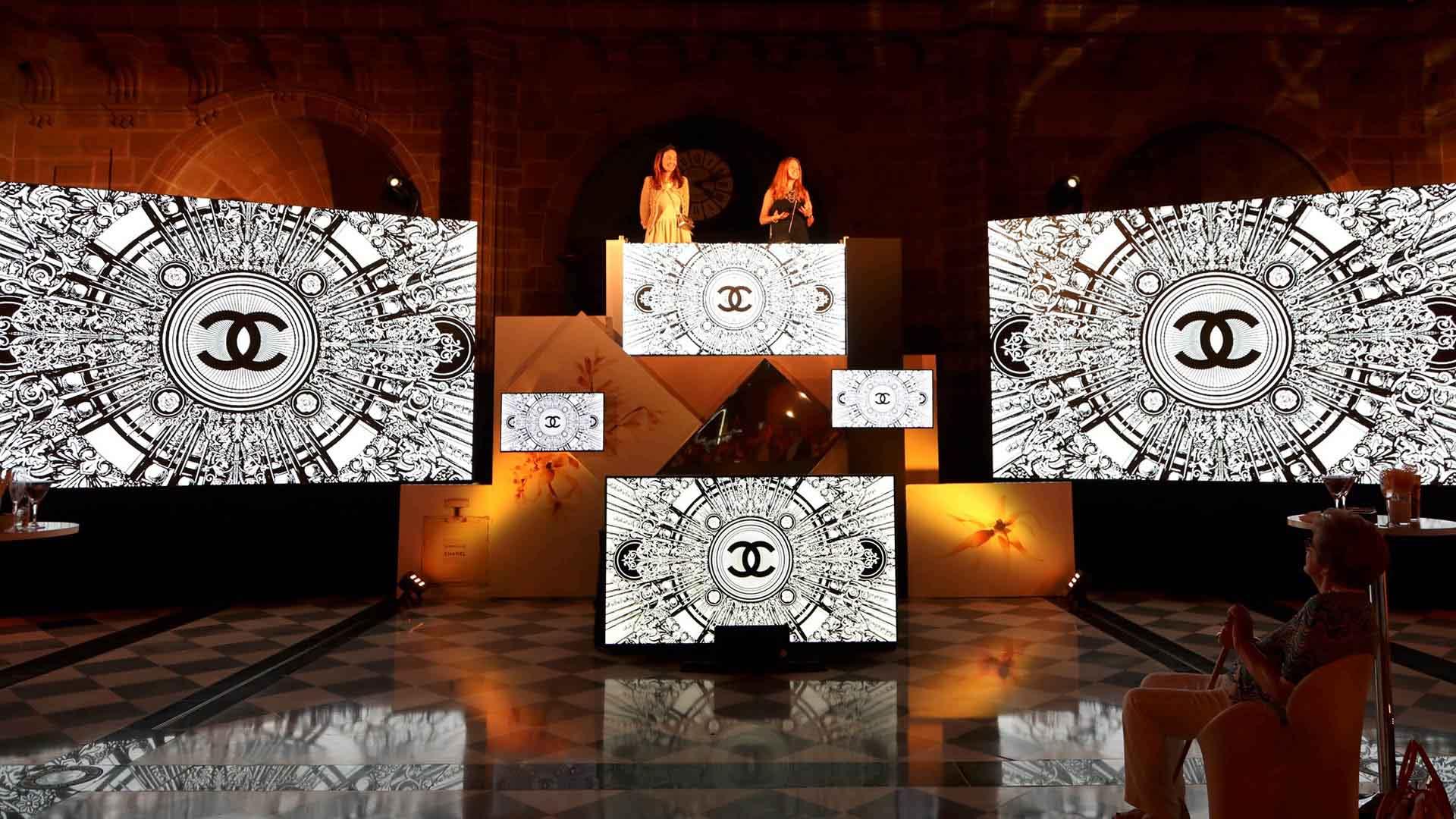 Evento presentación perfume chanel diseño escenario