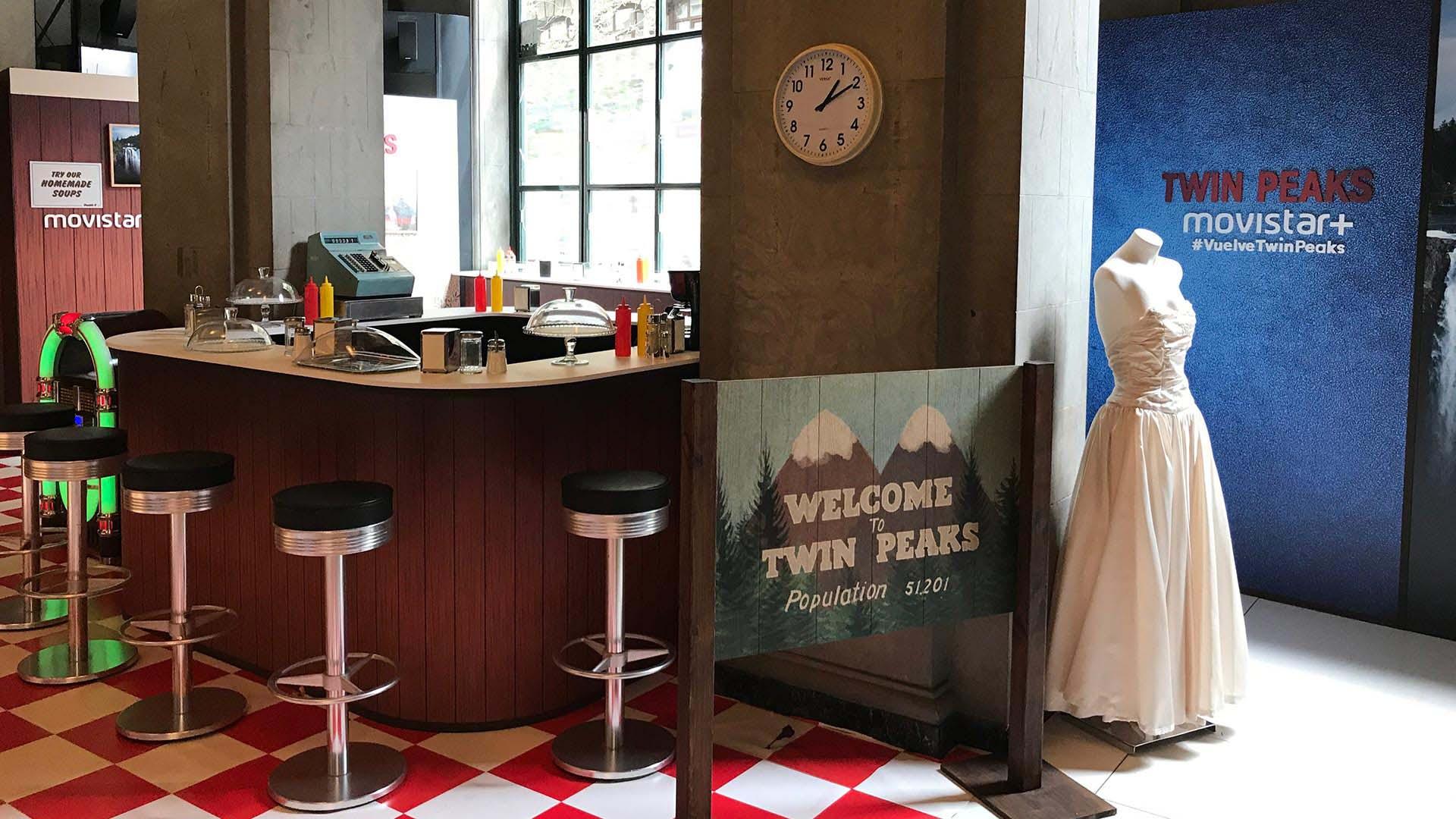 Twin peaks Event presentation. Interior Design